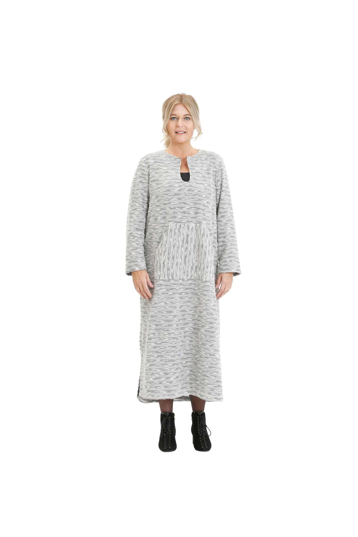 Knit dress with front pouch