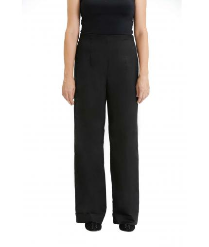 Black elegant trousers